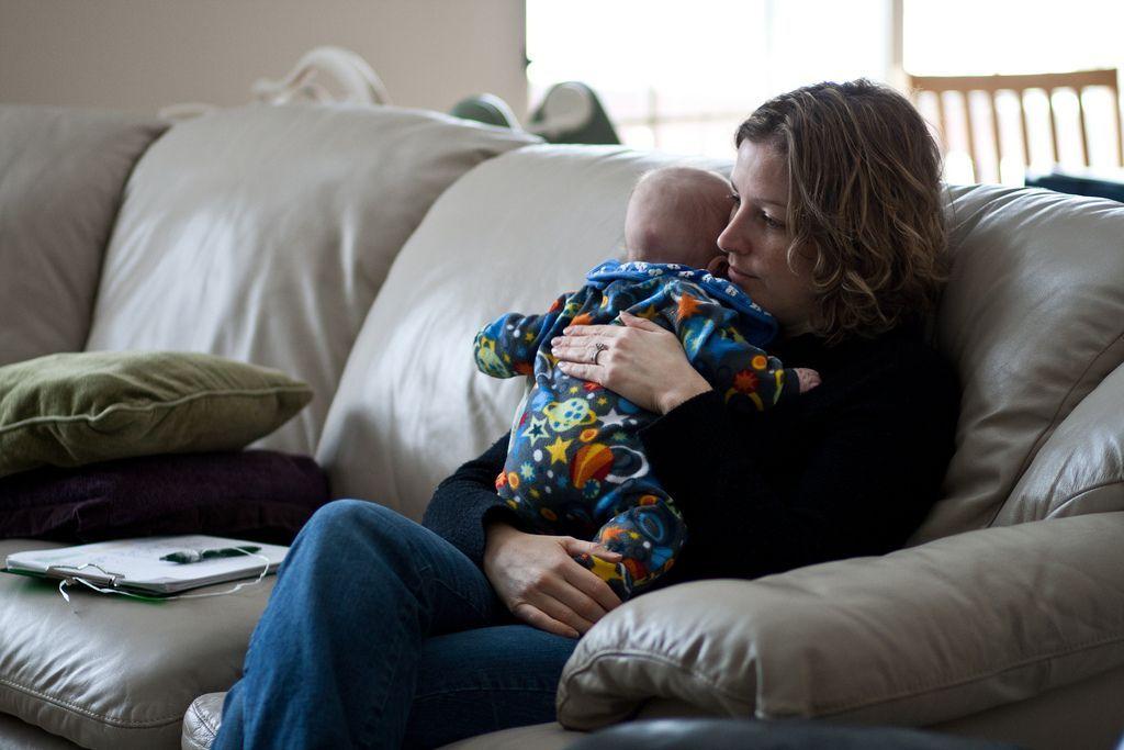 Depresia postpartum, cum o recunosti si cum scapi de ea?