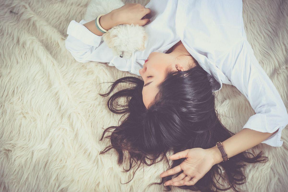 8 simptome care indica un singur vinovat - Insomnia!