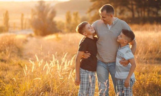 9 greseli pe care le poate face un tata. Afla care sunt si nu le face niciodata